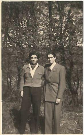Jean Contenté et Bernard Biegacz en 1946 [Collection particulière].