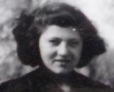 Micheline 15 ans, à Soissons.
