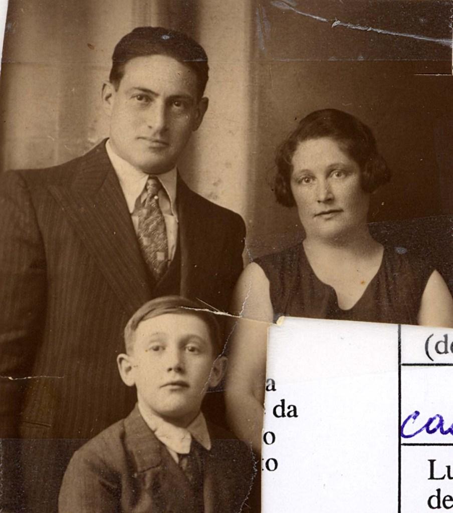 Jankiel, Bella et Charles Wajsfelner. Non datée, probablement après leur arrivée en France en 1930-1931. [Source : Yad Vashem, collection Suzanne Charak].